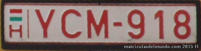 Matrícula húngara para vehículos lentos letras rojas