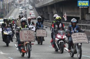 """Manifestación en contra de la """"doble plaka"""""""