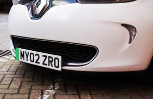 Matrícula vehículo eléctrico coche gran bretaña