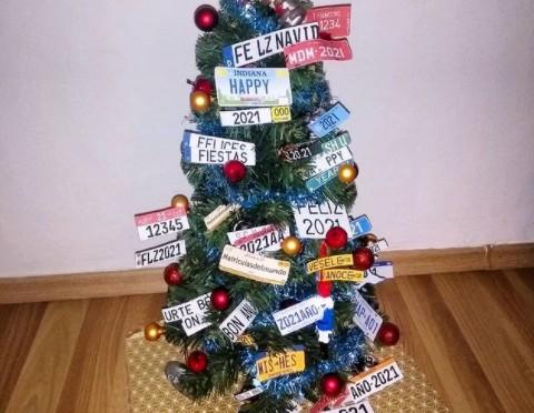 Árbol Navidad de matrículas